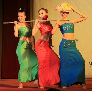 傣族舞蹈《邵多丽》