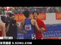 视频-刘翔赛道旁当田径解说员 点评史冬鹏夺冠