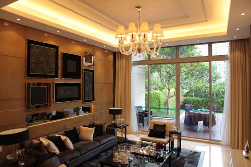 颐公馆下户前庭后院设计,将无限园景引入室内