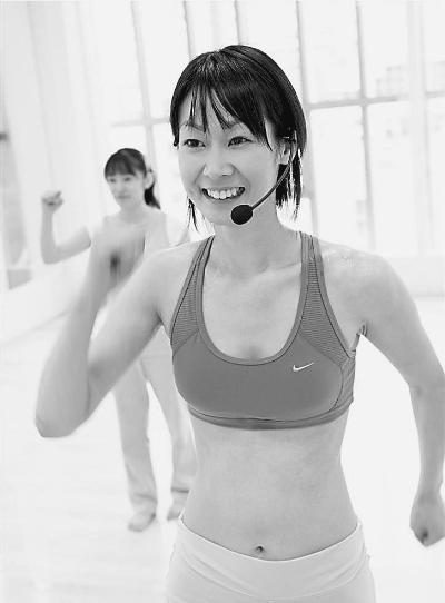 集中运动伤身体肌肉不用天天练