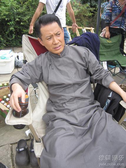郭广平受伤休息