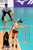 图文:[女排]中国3-0哈萨克斯坦 惠若琪高点进攻