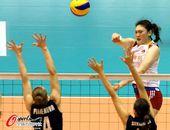 图文:[女排]中国3-0哈萨克斯坦 王一梅进攻