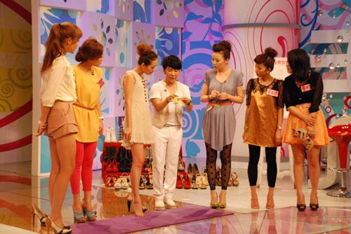 所有的美女嘉宾都将展示自己最得意的高跟鞋