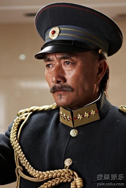 多布杰《辛亥革命》饰演冯国璋