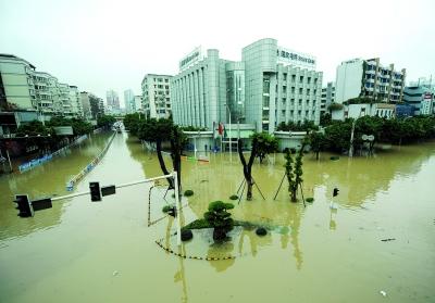 暴雨洪水灾害造成直接经济损失超120亿元