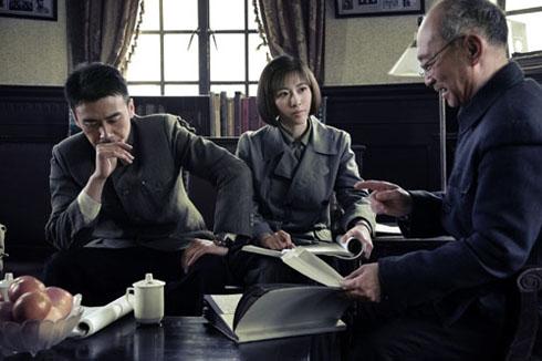 张溪芸和柳云龙携手探案