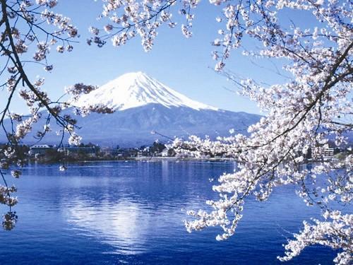 日本风景_富士山是日本的标志性景点