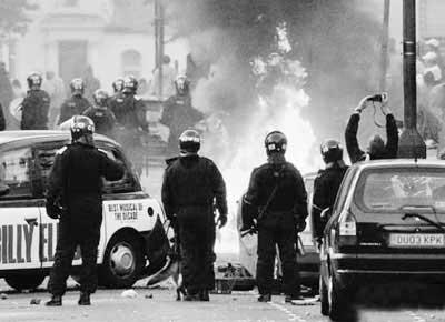 全球陷入動蕩騷亂事件頻發 2011被稱為憤怒之年(組圖)