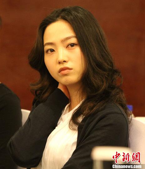 韩国女种子_赛会9号种子,韩国球手车侑蓝在等待抽签结果.司晓帅 摄