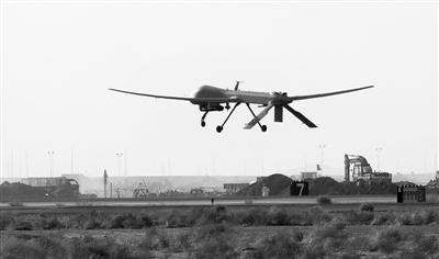 """2009年11月3日,部署在阿富汗坎大哈的美军""""捕食者""""无人机在执行任务。"""