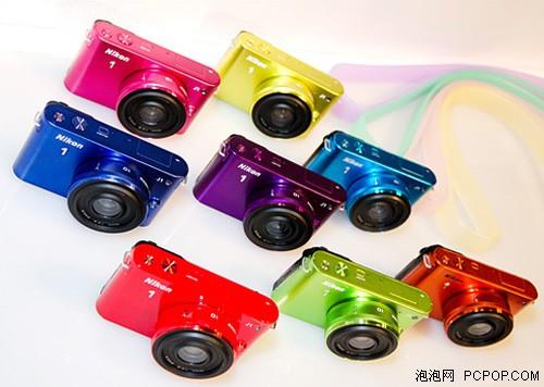 尼康J1微单相机具有5种机身颜色可供选择