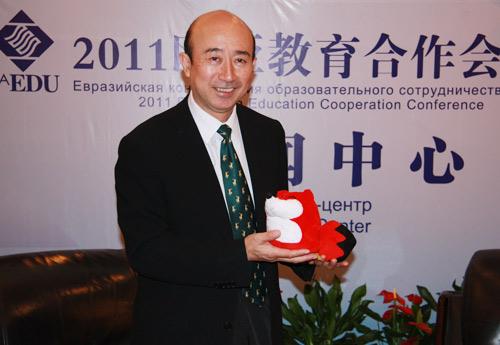 亚洲教育北京论坛秘书长姚望先生。