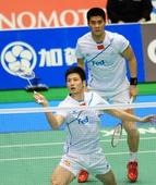 图文:日羽赛男双决赛 蔡赟/傅海峰在比赛中