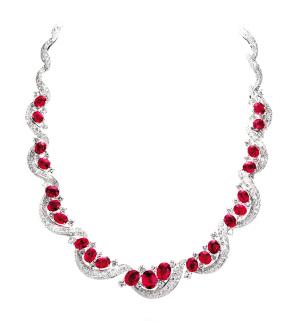 Anna Hu为《温莎公爵夫人》设计的艺术珠宝
