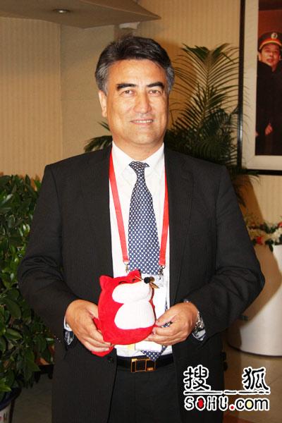 新疆大学校长塔西甫拉提·特依拜。