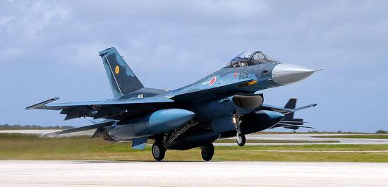一男两女�:h�b�9�yf_日本停止生产新战机可能将严重打击军工产业(图)