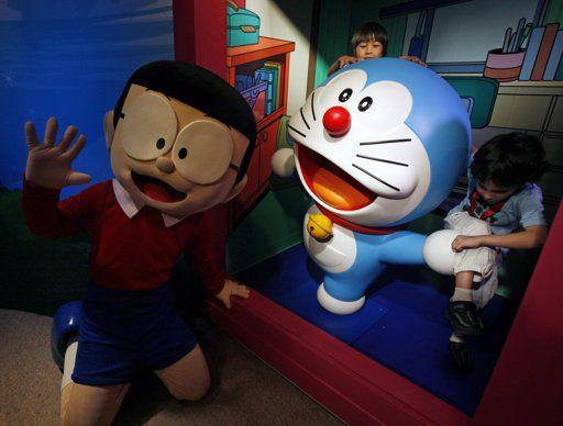 """伴随几代人成长的日本经典漫画《哆啦A梦》的主人公机器猫""""哆啦A梦""""成为该馆第85尊蜡像。"""