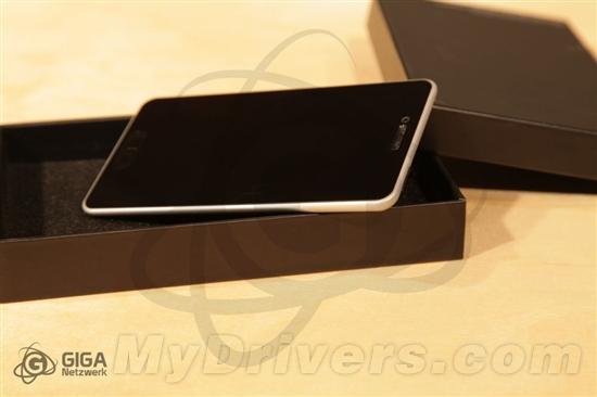 铝制背壳回归?iPhone 5概念真机曝光