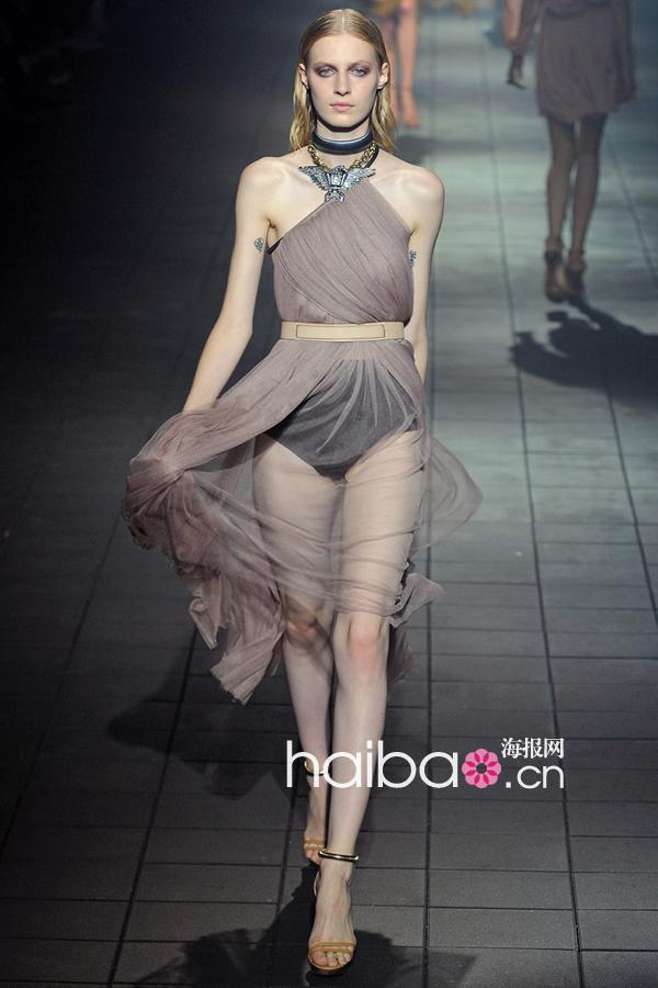 薄外套女装_重返人间的涅槃天使!朗雯(Lavin)2012春夏女装秀大图+视频,海报