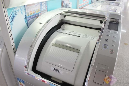 造型怪异!三洋蒸气滚筒洗衣机揭秘