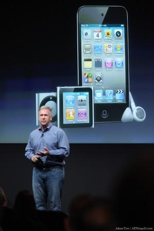 苹果负责产品的副总裁Phil Schiller