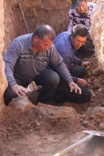 河北宣化发现战国墓群