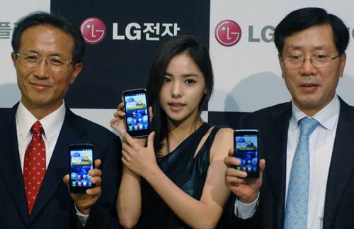 """""""真高清""""屏手机LG Optimus LTE发布"""