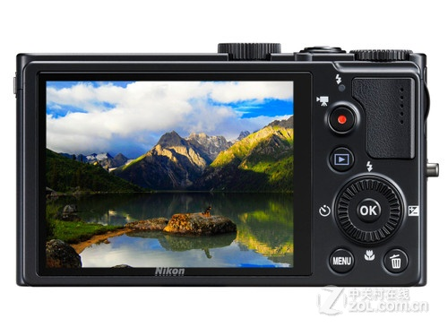 图为:尼康数码相机P300