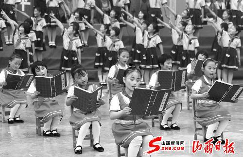 芮城县古文们在诵读学生(图)星子县小学图片