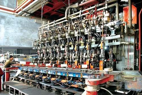 药玻公司的美国进口,棕色瓶车间行列机.图片