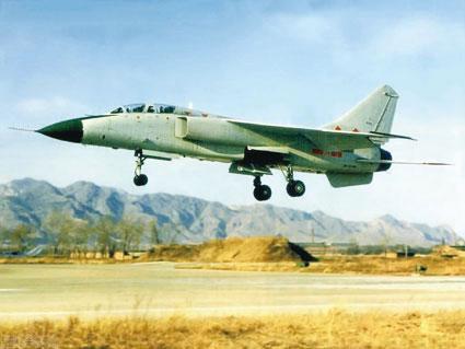 方正飞腍�yah�_中国飞豹战机意外坠毁 军方正批量装备部队(图)