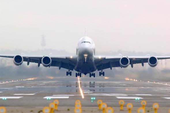 a380飞机图片_空客a380飞机起飞 图片:空中客车中国公司