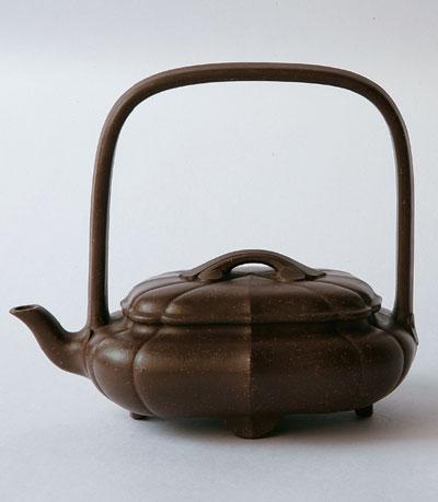 徐汉棠作品:1.菱花提梁壶