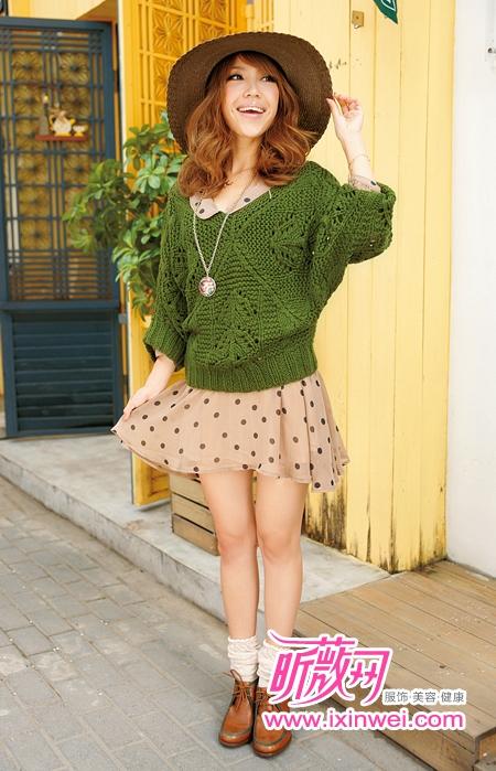 墨绿裙子搭配