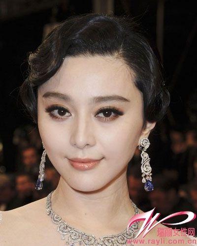 复古贵妇盘发   复古的整齐弯曲刘海,酷似旧上海红极一时的歌姬,盘发图片