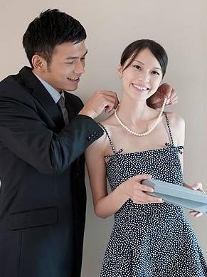 妻子是女婿和丈母娘间的 润滑剂图片