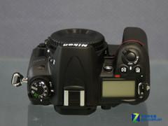 附送8GB卡、摄影包 尼康单反D7000促销
