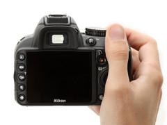 图为:尼康D3100数码单反相机