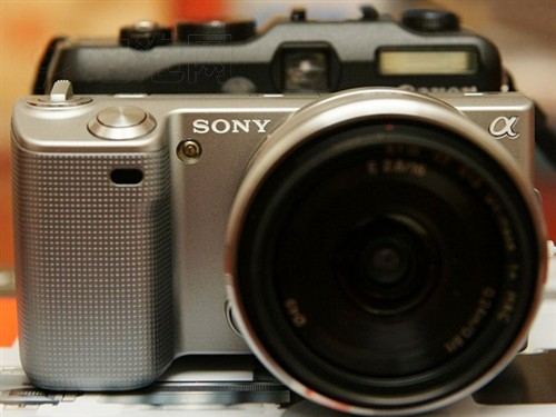 索尼(SONY) NEX5(双头套机16mm F2.8 18-55mm F3.5-5.6)