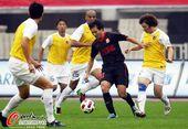 图文:[中超]陕西1-3南昌 朱家伟力战对手