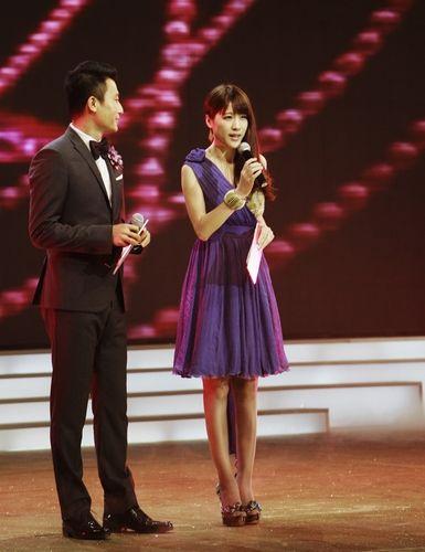 10月22晚,瑞丽第9届封面模特大赛总决赛在北京落下帷幕.