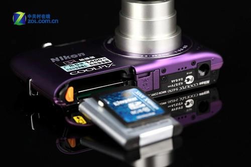 图为:尼康S4150电池仓