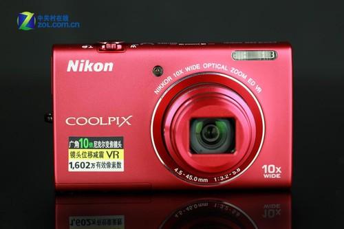 图为:尼康S6200正面
