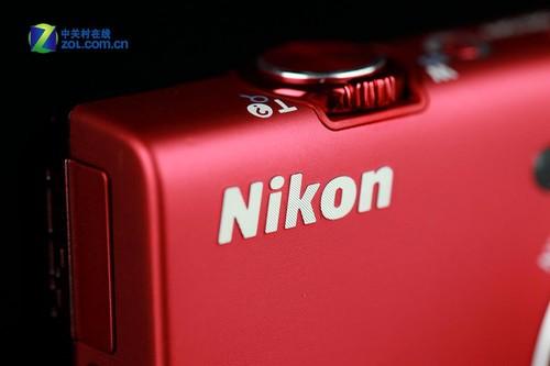 图为:尼康S6200 Logo