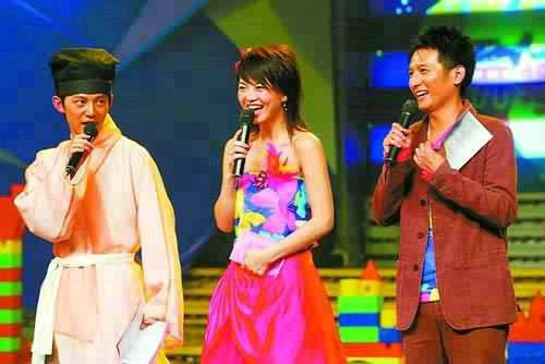 以后的《快乐大本营》观众再也看不到李湘、何炅、李维嘉三个人搭档
