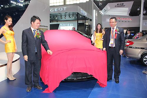 2011杭州车展现场瑞麒G5揭幕