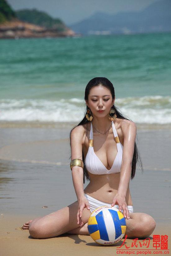 重庆美女明星_重庆美女被称中国第一黄金比例身材 傲人身材爆红韩国