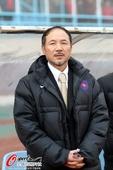 图文:[中超]青岛3-0天津 张外龙
