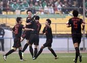 图文:[中超]北京2-3陕西 曲波庆祝进球